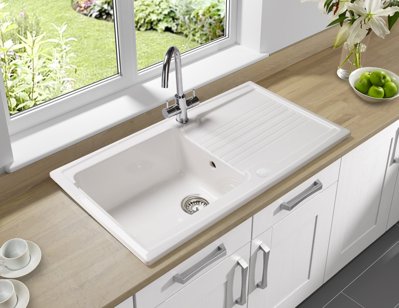 Which Kitchen Sink : Astracast Equinox 1.0 Bowl Ceramic Inset Kitchen Sink - EQ10WHHOMESK