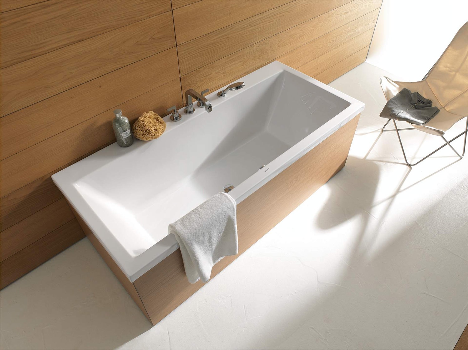 Duravit Vero 1700 x 750mm Double Ended Bath With Support Frame - 700146