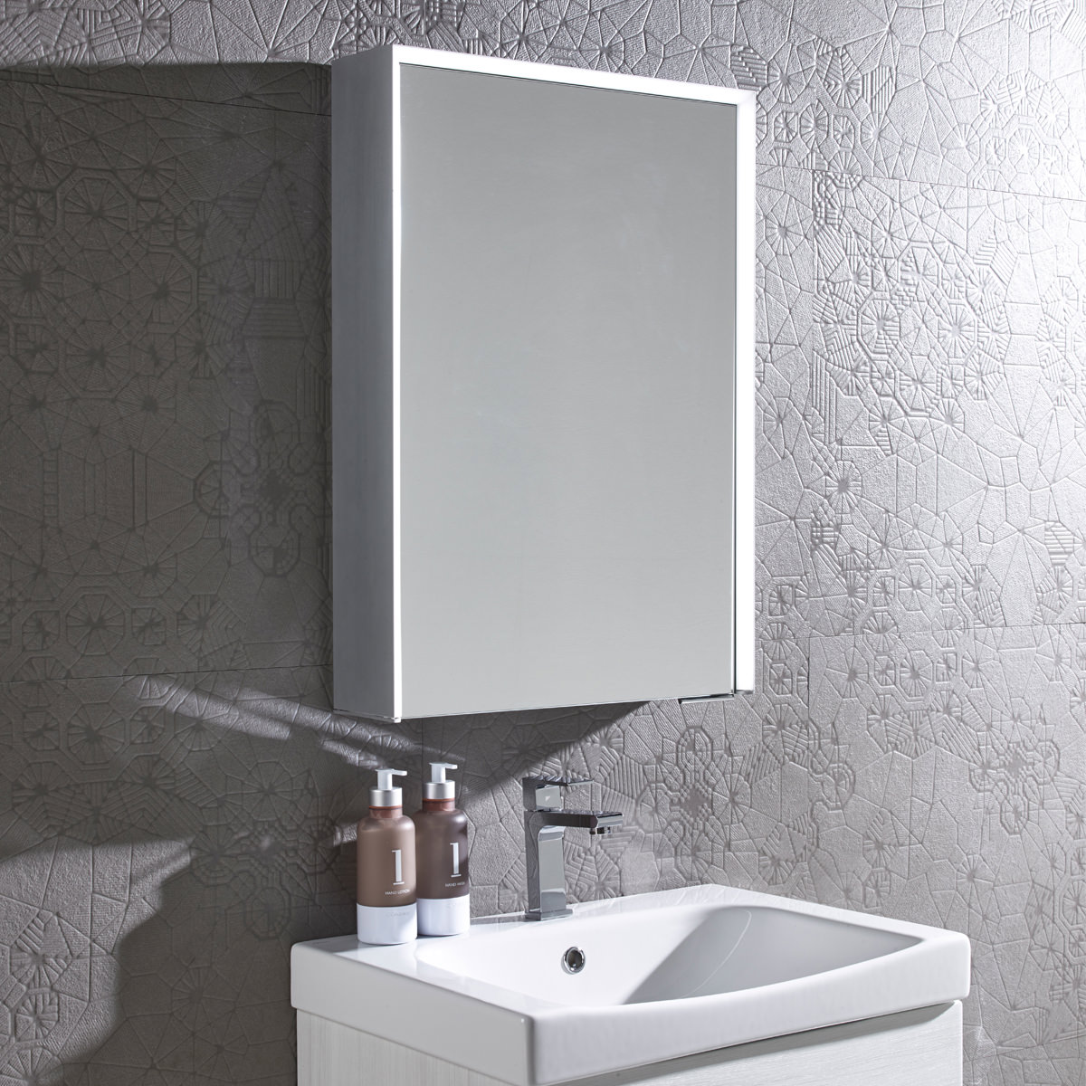 Roper Rhodes Tune Bluetooth Mirror Cabinet Tu50al