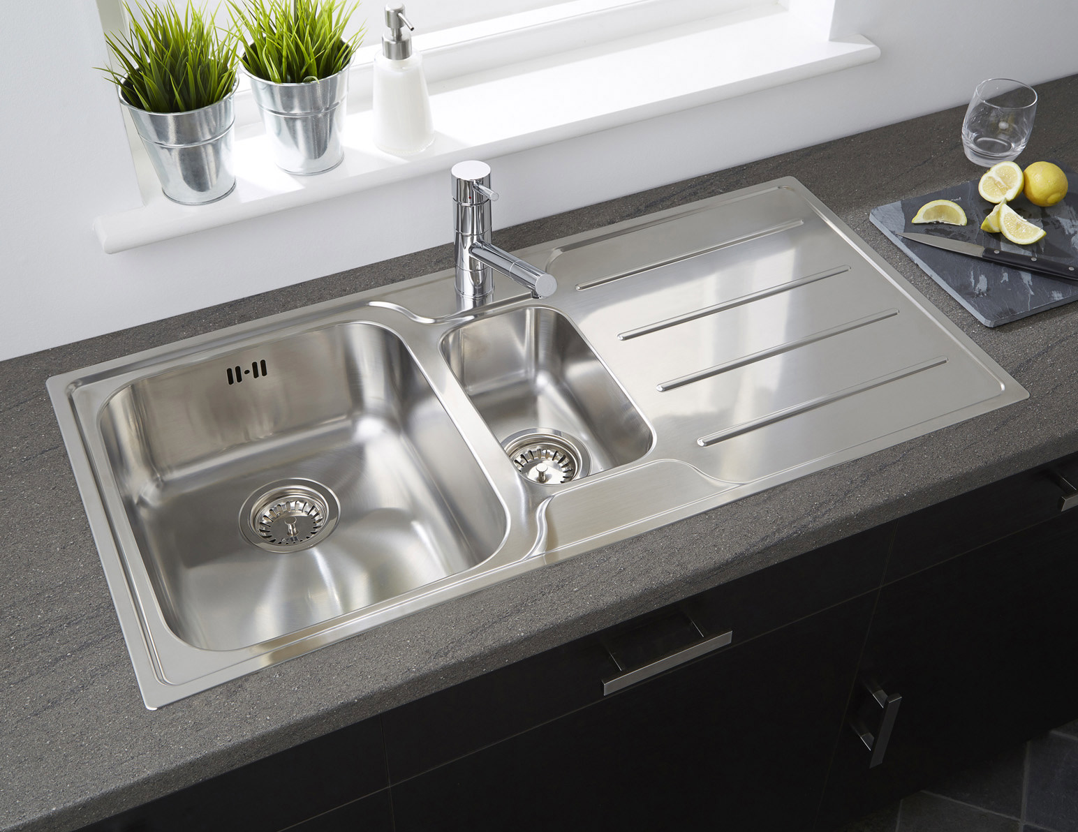 Astracast Plateau 1 5 Bowl Polished Stainless Steel Flush