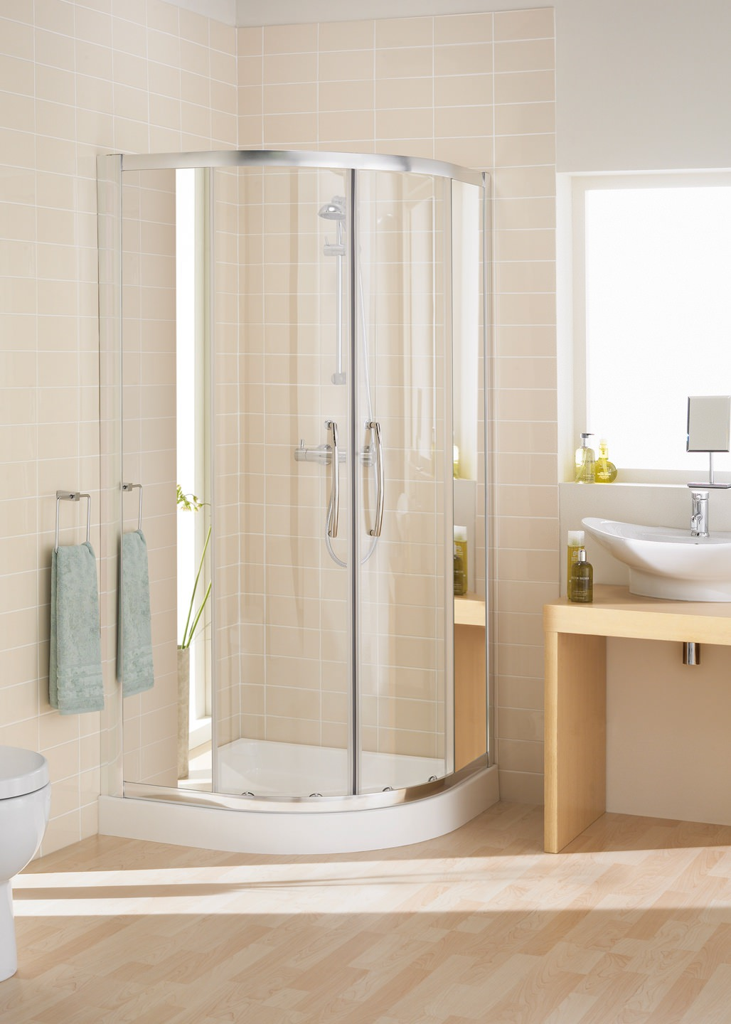 lakes mirror glass 800 x 800mm single rail quadrant shower e