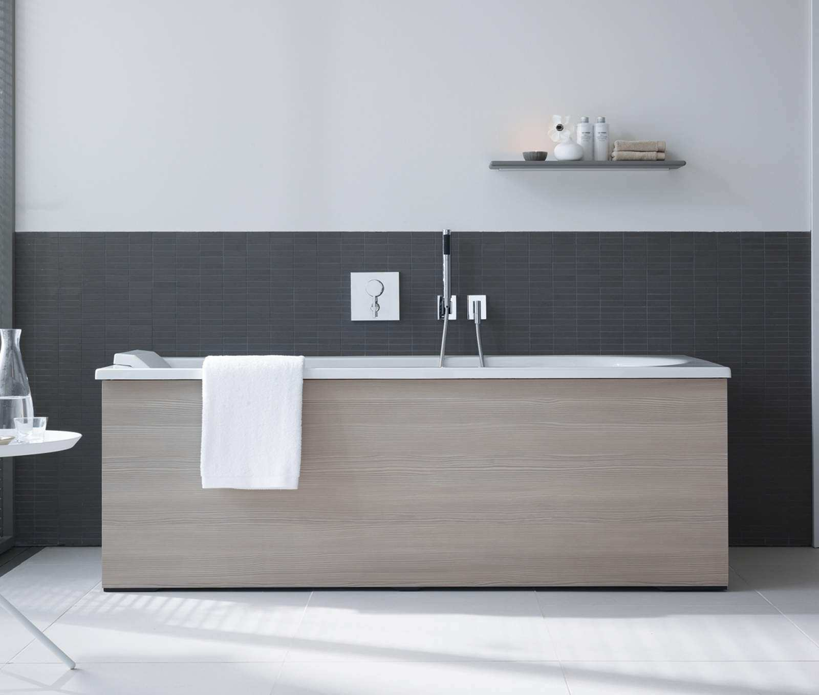 Duravit Darling New 1600x700mm Bath With Right Slope And