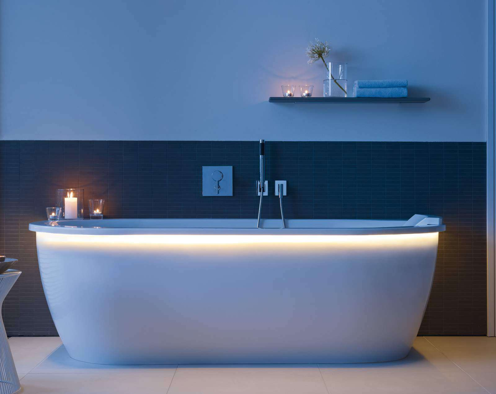 Duravit Darling New Back To Wall Bath 1900 X 900mm 700248000000000