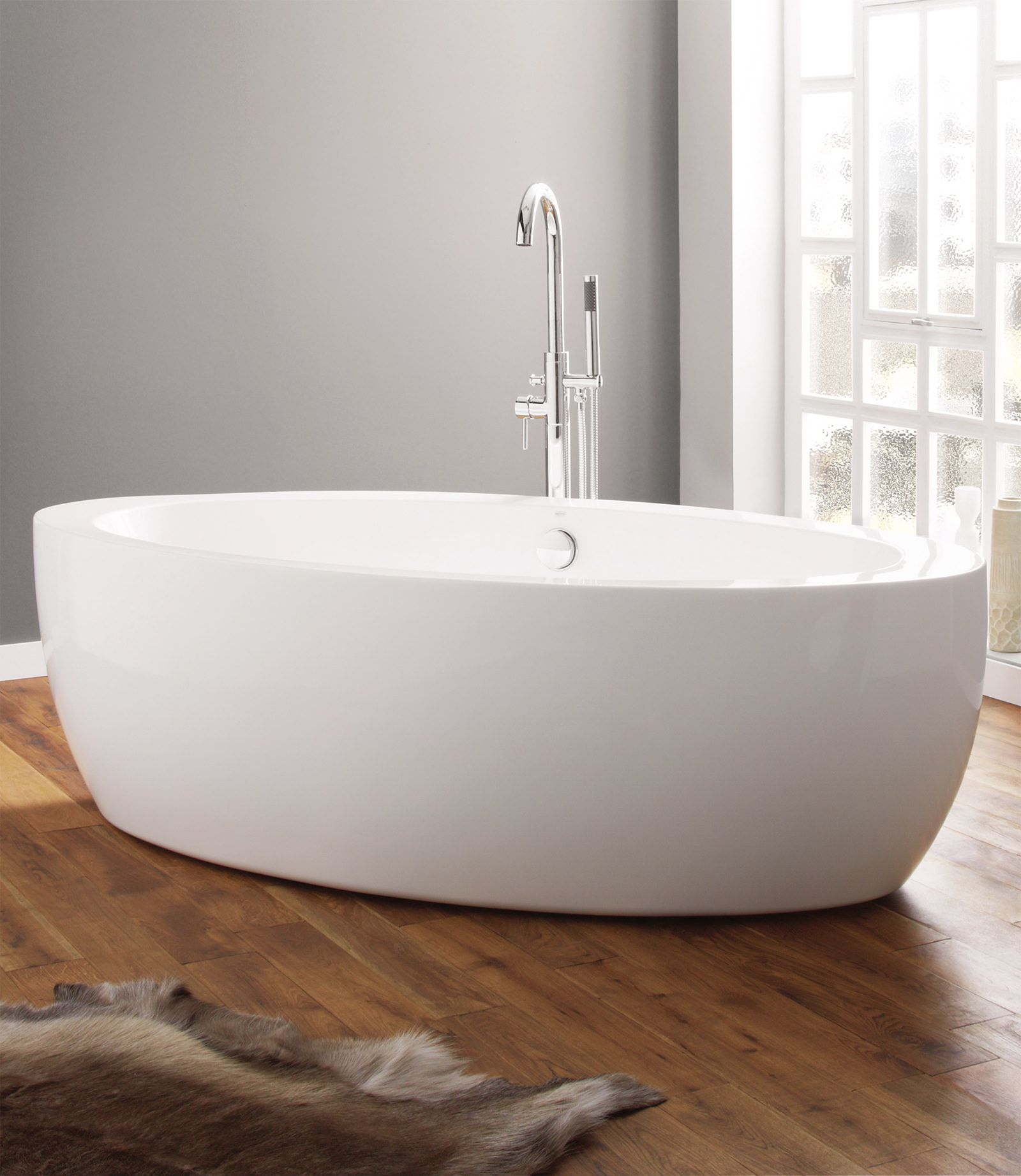 April Halton 1850 X 910mm Contemporary Freestanding Bath