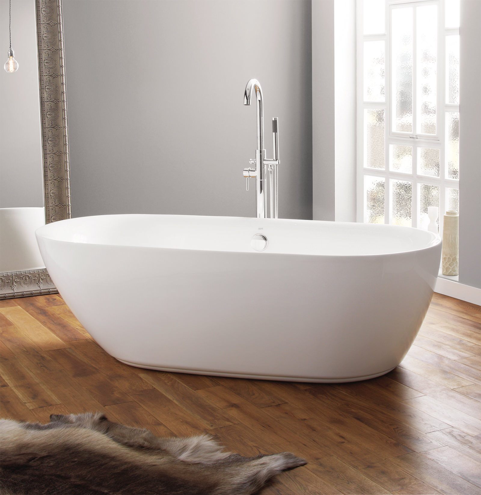 April cayton 1800 x 840mm contemporary freestanding bath for Bath 1800