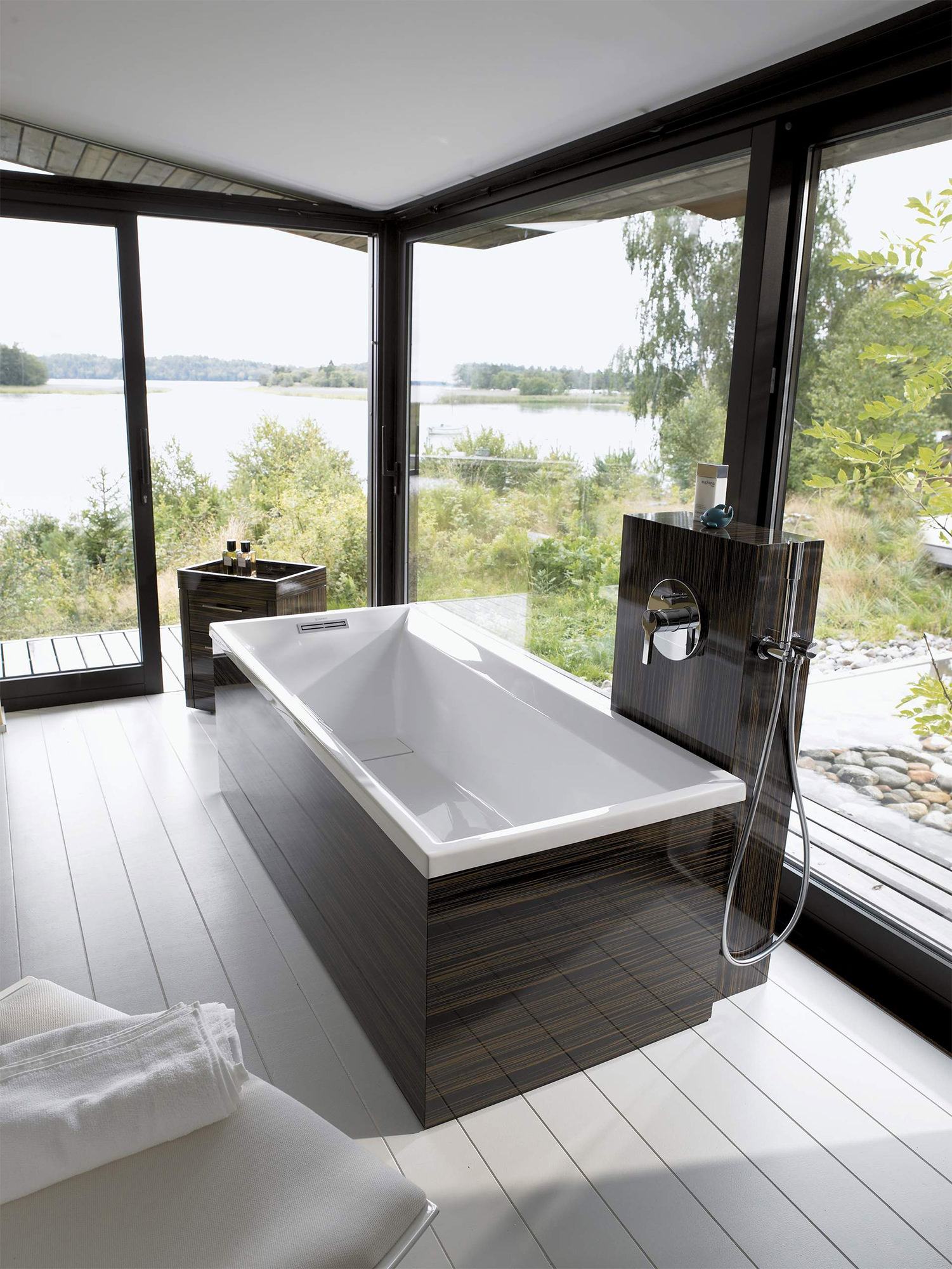 Duravit 2nd Floor Built In 1700 X 700mm Bath With Support