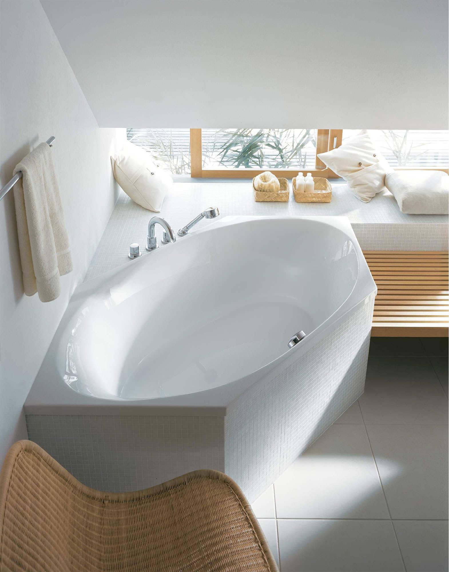 Duravit 2x3 Hexagonal 1900 x 900mm Bathtub With Frame - 700025