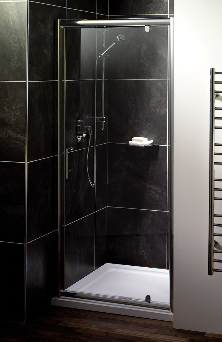 Saneux Wosh Pivot Shower Door 700mm Wide