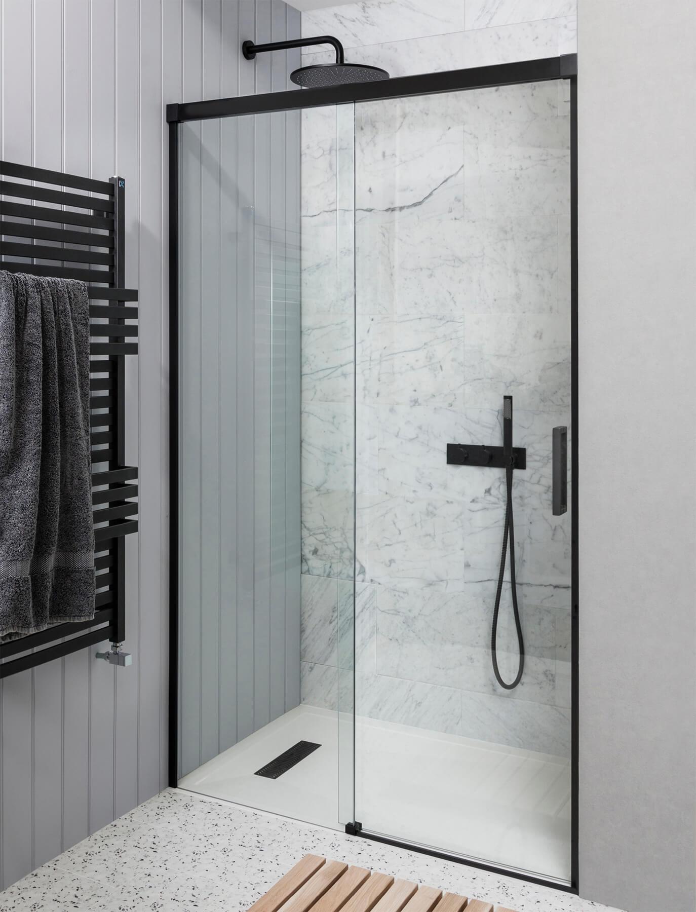 Single Glass Shower Door