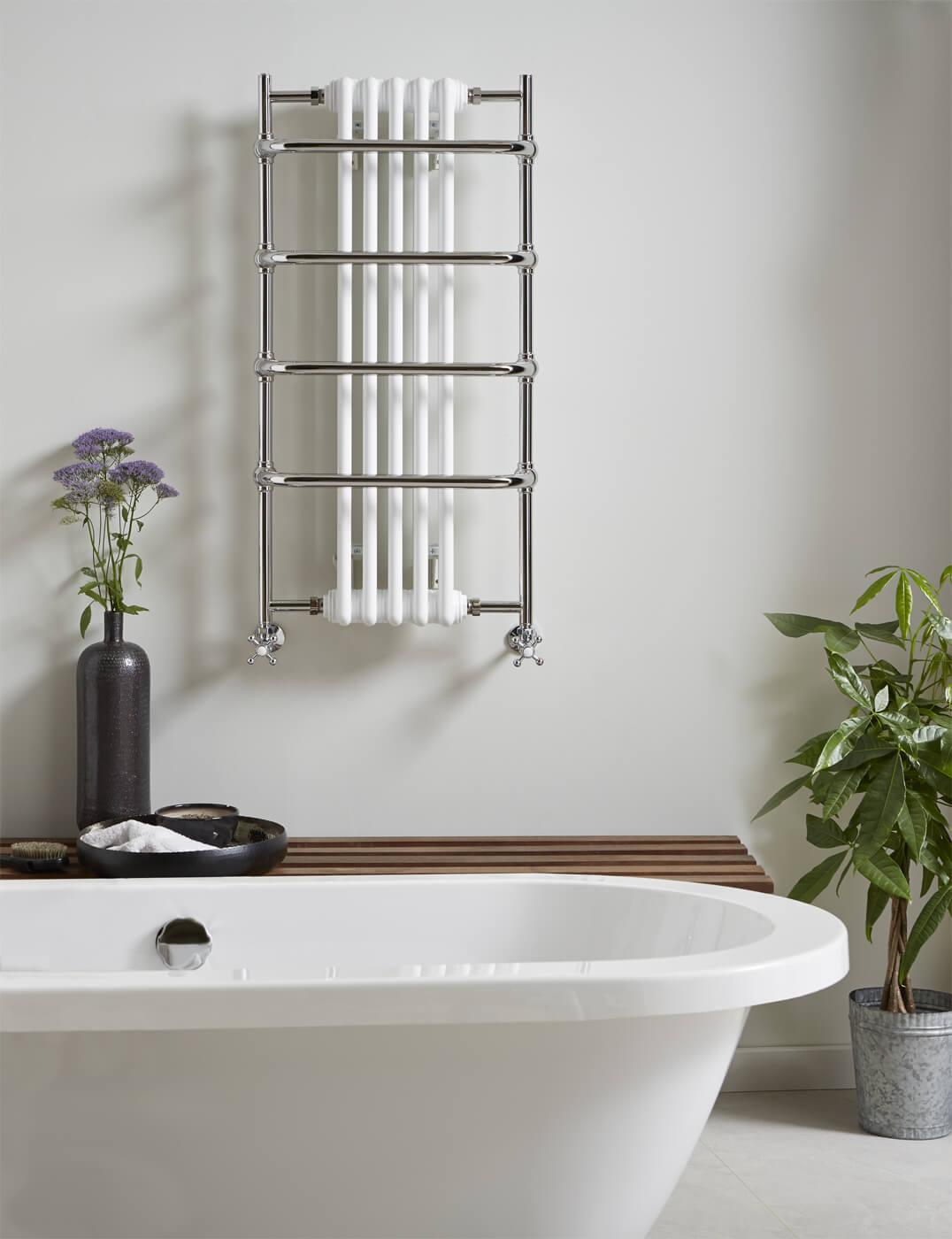 Vogue Sequel V 525 x 1000mm Traditional Towel Rail - TM006