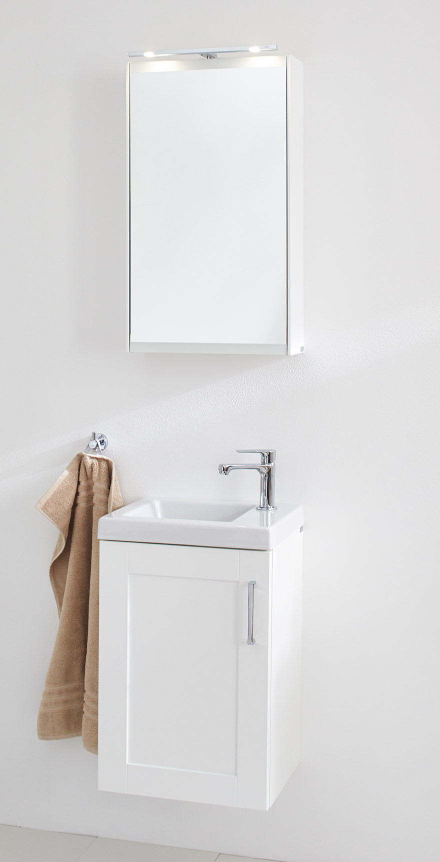 Miller london 40 white single door mirror cabinet 404 x for Bathroom furniture 700mm