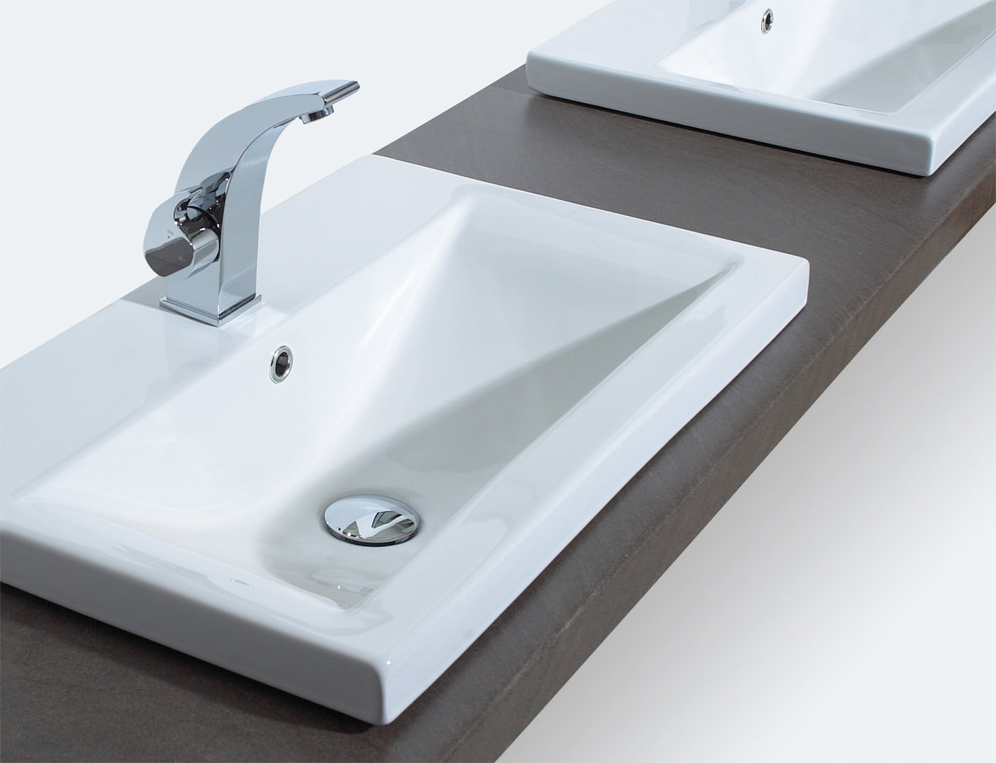 Designer Kitchens And Bathrooms Phoenix Cleaver Inset Basin 600mm X 390mm Cl60