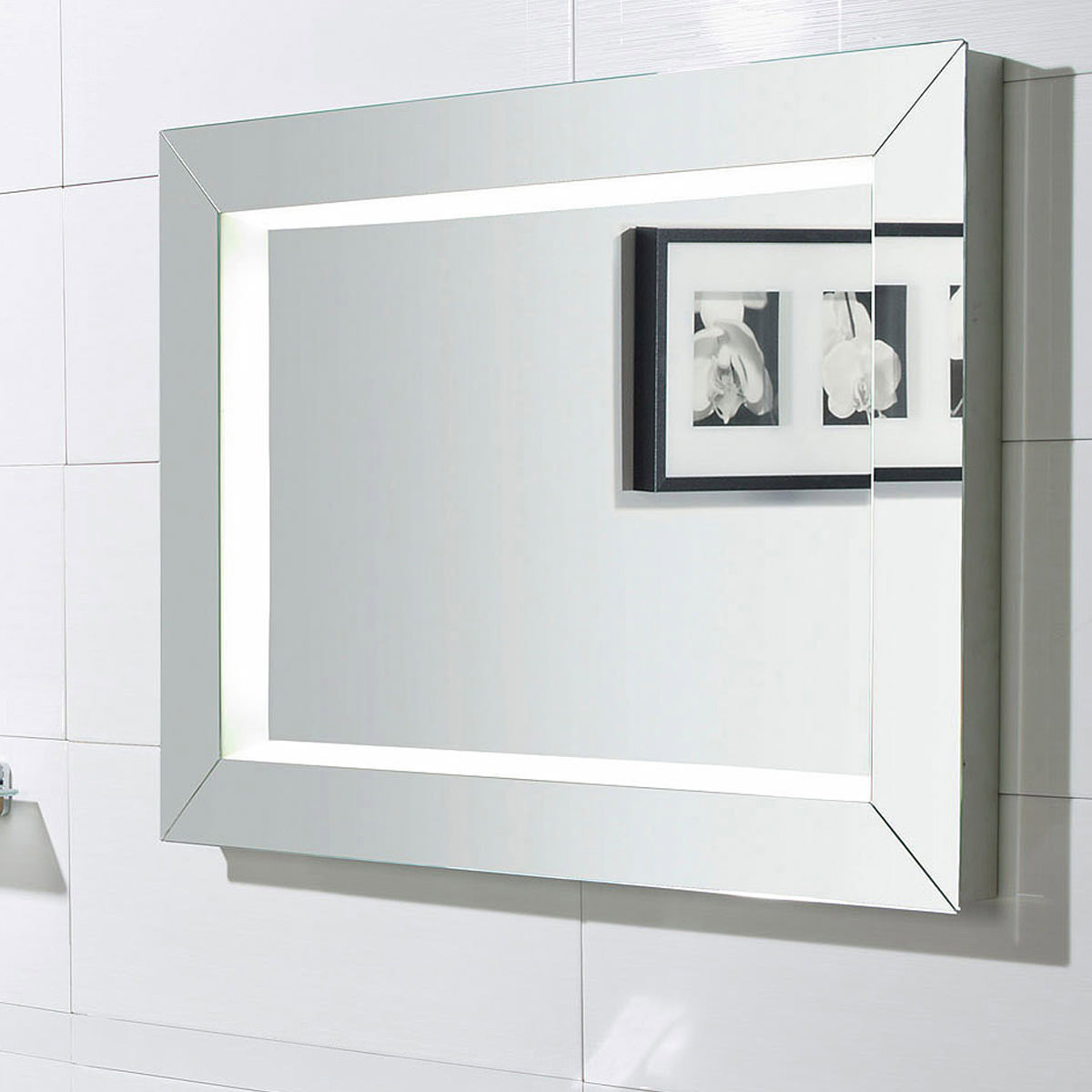Roper rhodes sense fluorescent illuminated mirror 600mm for Illuminated mirrors