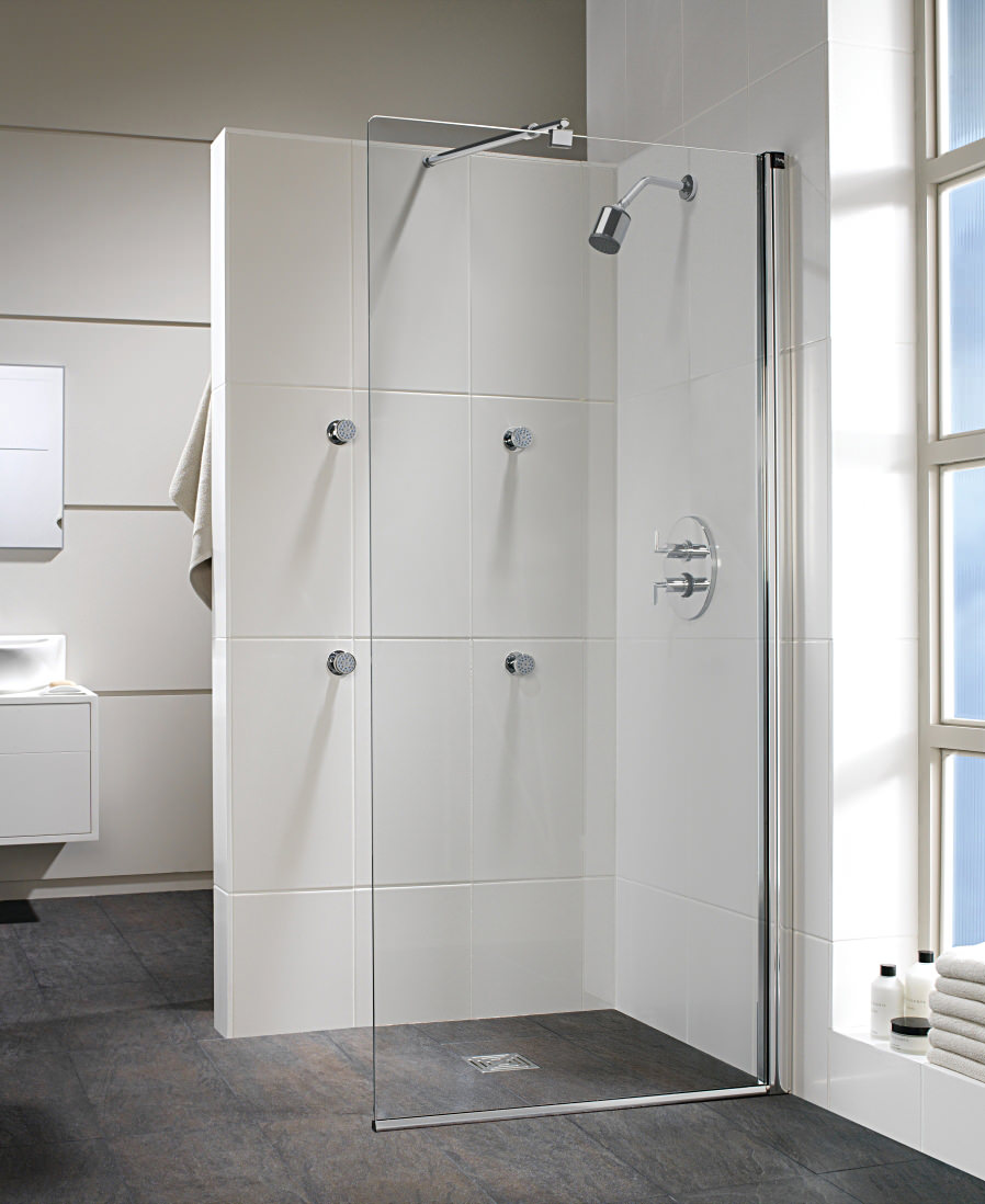 Twyford hydr8 walk in flat glass shower panel 900mm h85950cp for Panneau pvc salle de bain