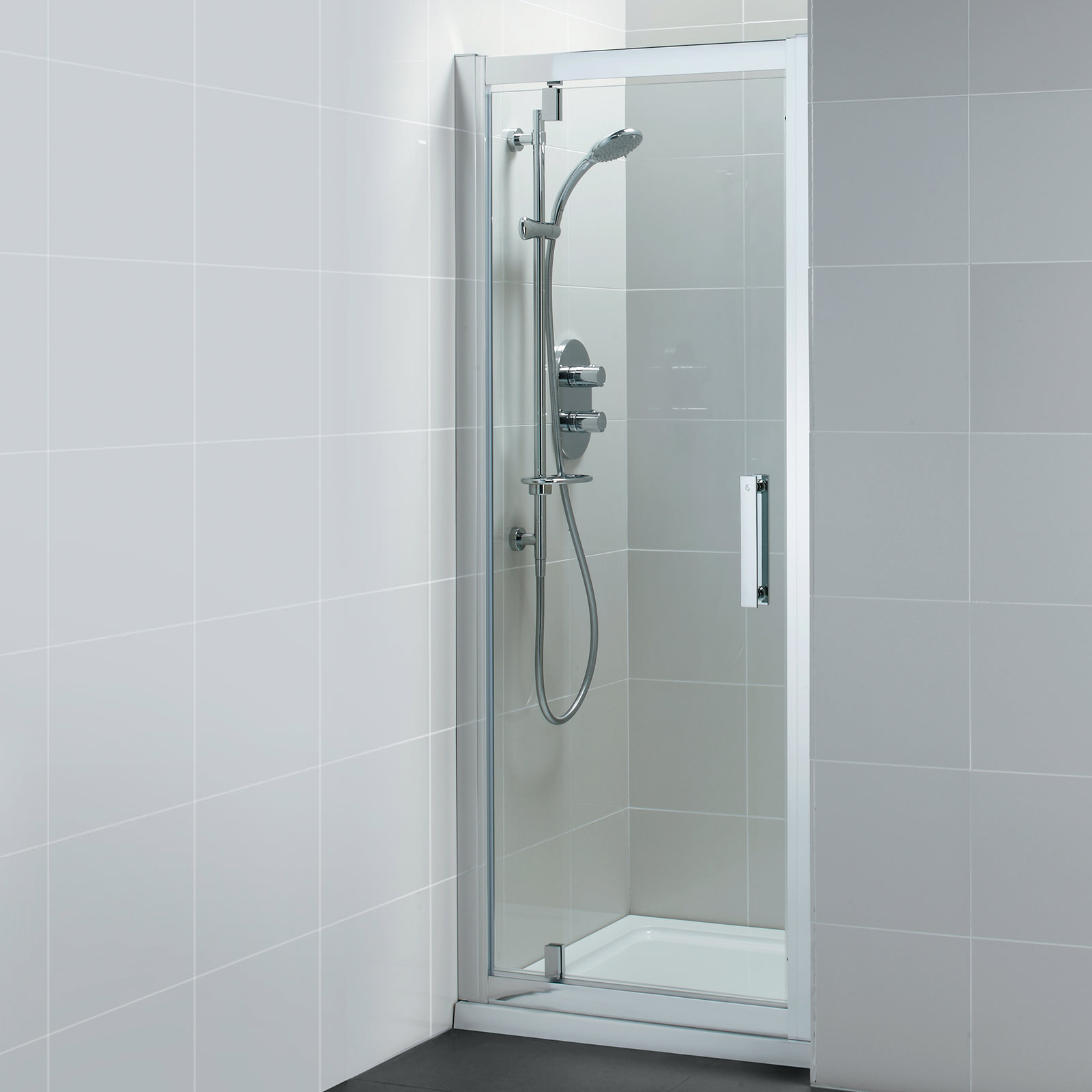 Ideal Standard Synergy Pivot Corner Alcove Shower Door