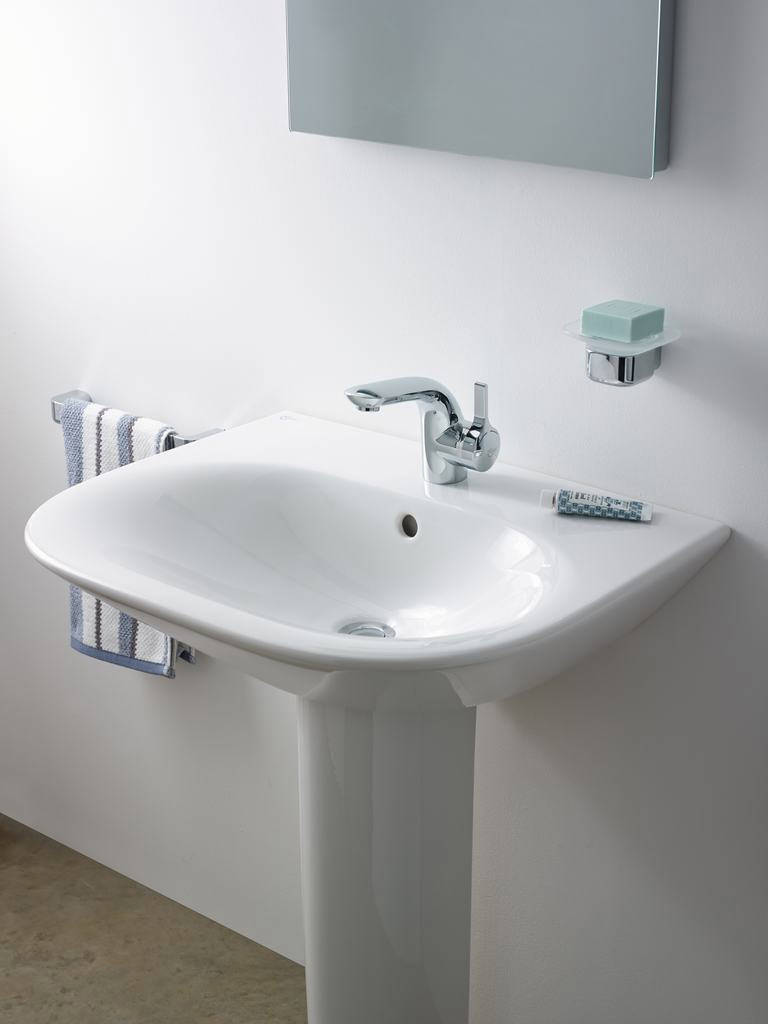 ideal standard melange single lever basin mixer tap with pop up waste. Black Bedroom Furniture Sets. Home Design Ideas