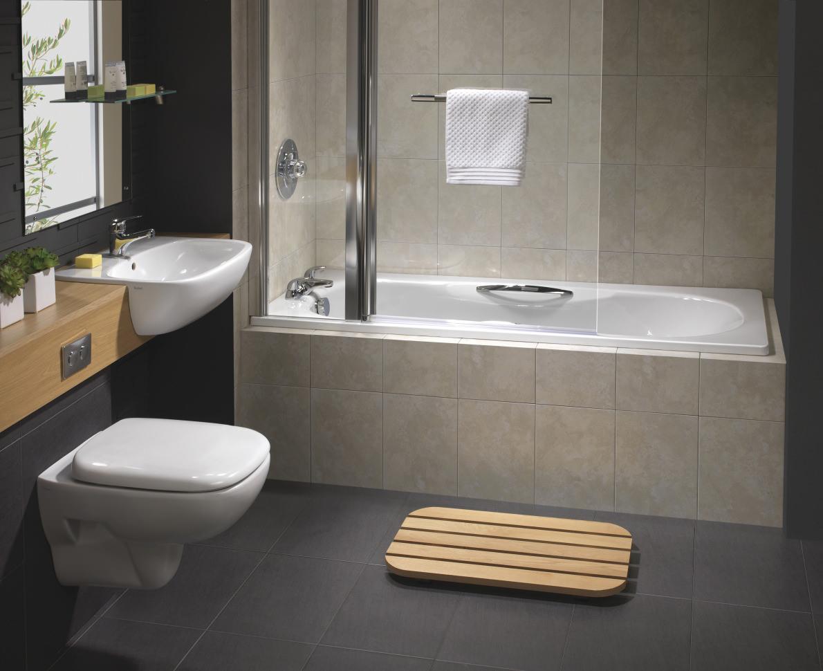 Twyford Celtic 1700 x 700mm Slip Resistant Steel Bath With Grips ...