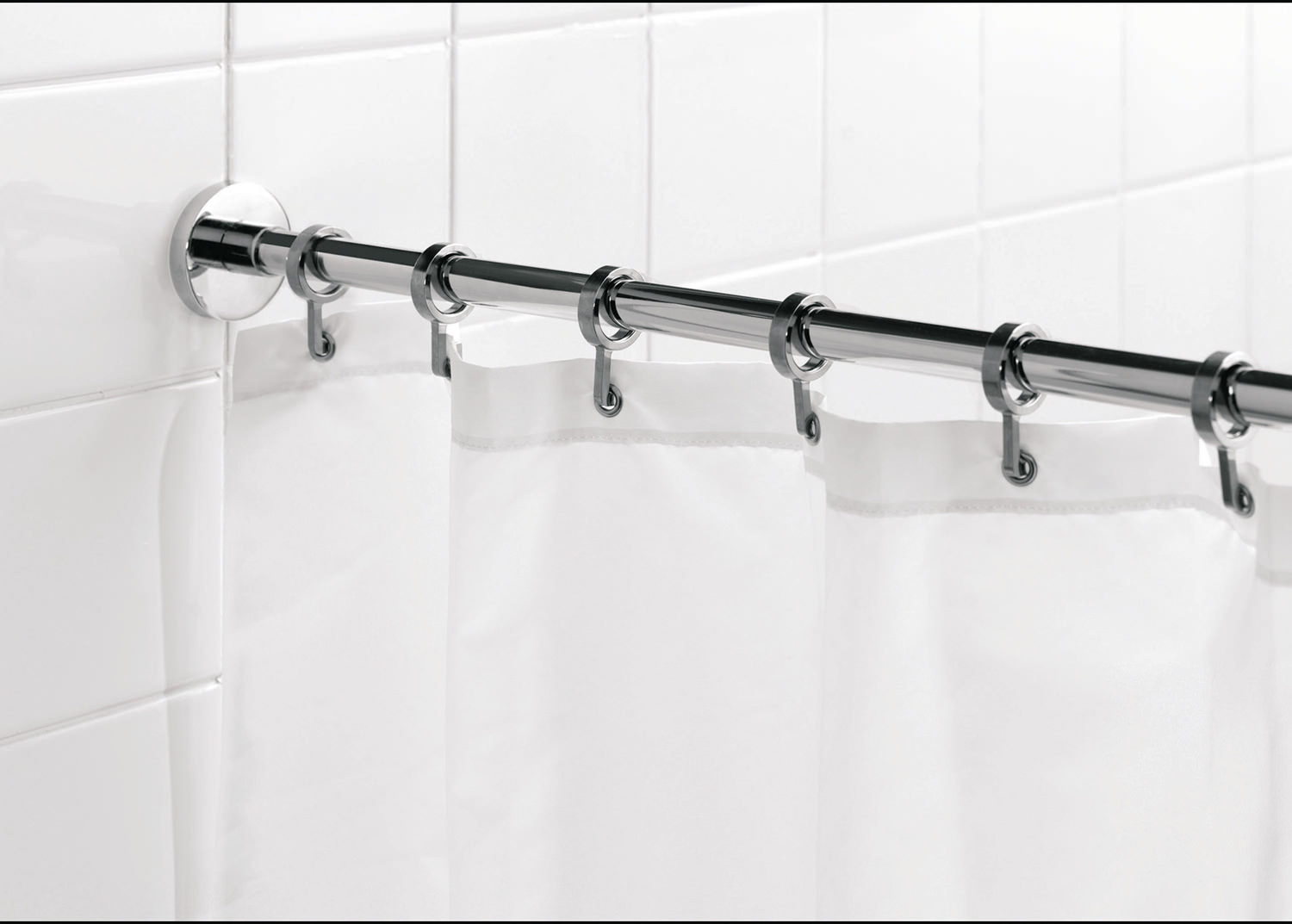 Croydex Luxury Round Shower Curtain Rail Rod Ad116541