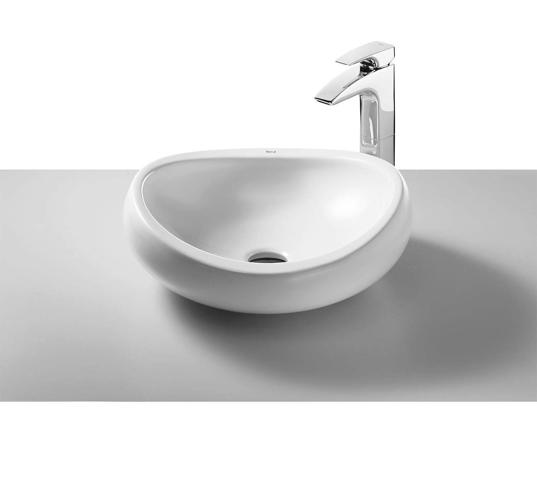 Roca Urbi 10 White On Countertop Basin 10mm Wide | 10