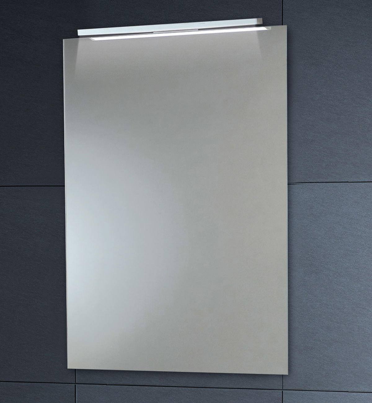Bathroom Mirror Demister Down Lighter Mirror With Demister Pad 450 X 600mm Mi022