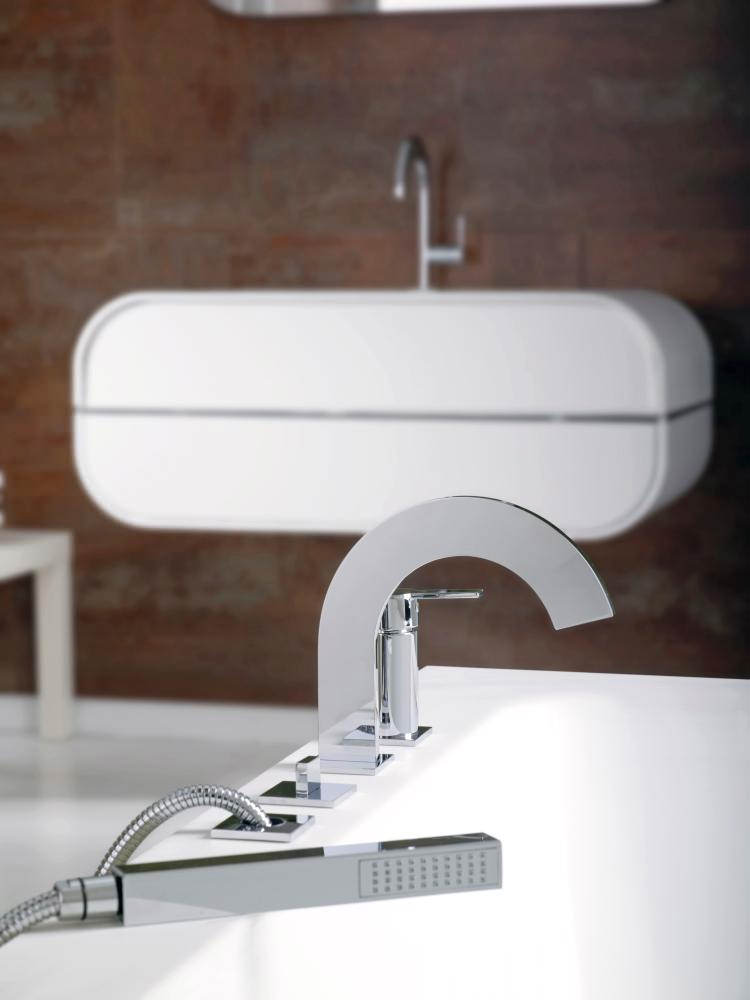 Porcelanosa noken giro deck mounted bath shower mixer tap for Porcelanosa faucets