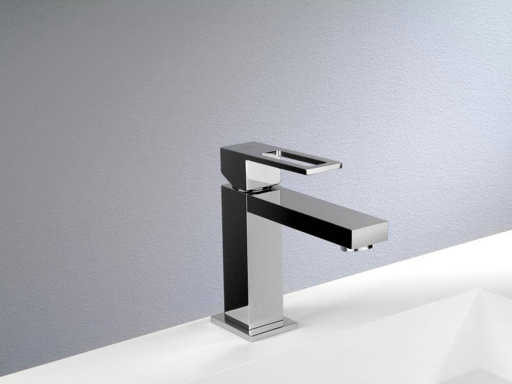 Porcelanosa noken irta chrome basin mixer tap and pop up waste for Porcelanosa faucets