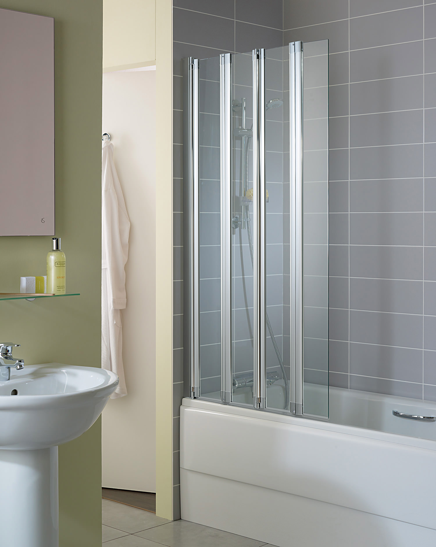 Superb Ideal Standard New Connect 820 X 1500mm 4 Panel Folding Bath Screen ...